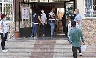 Alanya'da öğrenciler YSK'de ter döktü