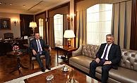 Antalya'nın yeni valisinin ilk durağı Bakan Çavuşoğlu oldu