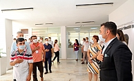 Başkan Yücel, belediye personeliyle bayramlaştı