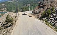 Büyükşehir Belediyesi Alanya kırsalında yol çalışması
