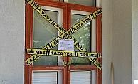 Korona virüs çıkan apartmana şeritli karantina