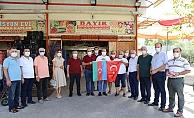 ALTSO'nun bayrak kampanyası Alanya Hali'nde devam etti