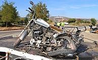Sepetli motosiklet ile otomobil çarpıştı: 1 ölü