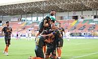 Alanyaspor'un performansı şampiyonluk oranlarını değiştirdi