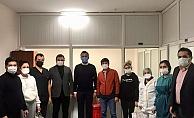 Başkan Toklu'dan hastane çalışanlarına ziyaret