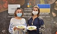 Alanya Hep'in mutfağına giren Ukraynalı öğrenciler, geleneksel yemeklerini yaptı