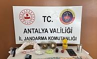 Alanya'da turistlere uyuşturucu satan şüpheli yakalandı