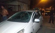 Seyir halindeyken sigara yaktı, otomobil patladı: 2 yaralı