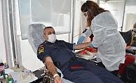 Alanya'da jandarmadan Kızılay'a kan bağışı