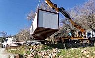 Başkan Yücel'den evsiz adama konteynır ev jesti