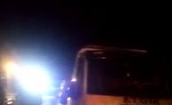 Otomobili kurtarıcıya yüklemek isteyen 3 kişiye araç çarptı: 2 ölü