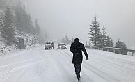 Alanya-Konya karayolunda yoğun kar yağışı