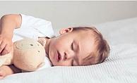 Bebeklerin çok uyuması sakıncalı mı?