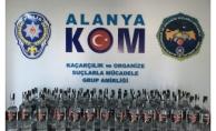 Alanya polisinden bayram öncesi kaçak içki operasyonu