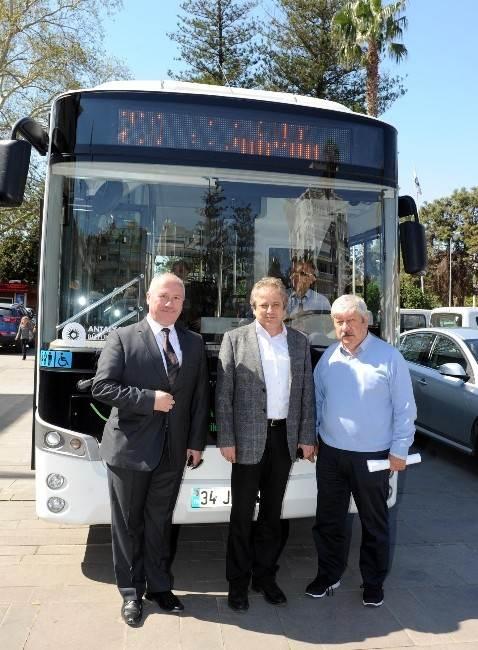 Büyükşehir Belediyesi Elektrikli Otobüs Test Ediyor