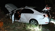 Otomobiliyle uçuruma yuvarlanan sürücü yaralandı