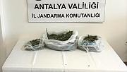 Evden 3 kilogram uyuşturucu çıktı