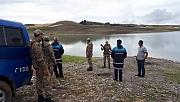 Kaçak balık avcıları yakalandı