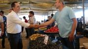 Yılmaz'dan pazar esnafına ziyaret