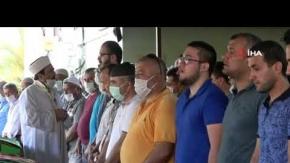 Alanya'da kaza kurbanı 3 kişilik aile yan yana toprağa verildi