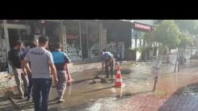 Alanya'nın en işlek caddesi sular altında kaldı