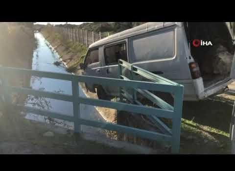Alanya'da şoförün gözüne güneş geldi, işçileri taşıyan minibüs kanala uçtu