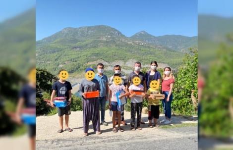 Alanya Ak Gençlik'ten öğrencilere hediye